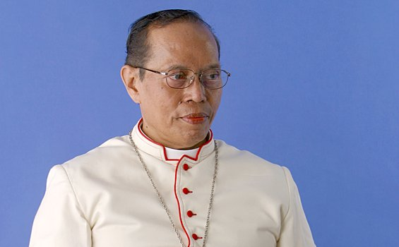 Mgr Herman Joseph Sahadat Pandoyoputro OCarm, Uskup Malang  [Dok.HIDUP]