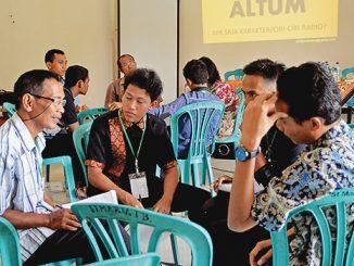 Peserta mengikuti Talkshow Audio di Tegalrejo, Palembang.  [Romo Sigit Pranoto SCJ]