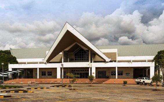 Katedral hati Kudus Keuskupan Agung Kota Kinabalu[commons.wikimedia.org]